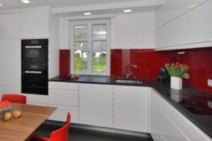 køkkenet og vinkøleren